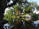 Zátoka na pravém břehu Svratky nad soutokem s Ponávkou.